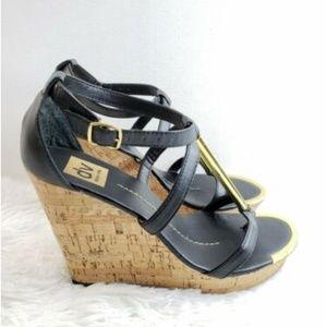 DV by Dolce Vita Tremor Sandals Size 9 Cork wedges